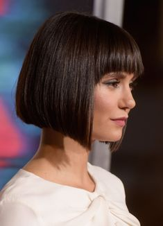 47 Amazing Pixie Bob You Can Try Out This Summer- hairstyles corto bob hairstyles corto dibujo Wedge Hairstyles, Short Bob Hairstyles, Hairstyles Haircuts, Bob Haircuts, Medium Haircuts, Medium Hairstyles, Bob Haircut With Bangs, Haircuts For Fine Hair, Black Hair With Highlights