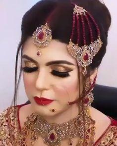 Bridal Eye Makeup, Indian Bridal Makeup, Bridal Makeup Looks, Bridal Looks, Pakistani Bridal Lehenga, Pakistani Bridal Jewelry, Teen Fashion Outfits, Dress Fashion, India Fashion Men