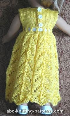 19 ideas knitting dress pattern free doll clothes for 2019 Knitting Dolls Clothes, Crochet Doll Clothes, Girl Doll Clothes, Doll Clothes Patterns, Clothing Patterns, Barbie Patterns, Dress Clothes, Girl Dolls, Knitted Doll Patterns