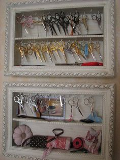Vitrine_collection_ciseaux_thalie49, What a cute idea for someone giving craft or sewing lessons. Love it!