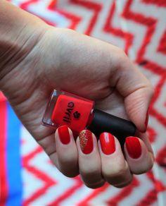 Le vernis de la semaine : Rouge Hibiscus d'Avril - Prunelle Sauvage