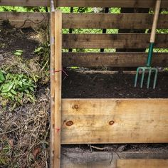 The do's and don'ts of maintaining a healthy compost pile and building a better garden compost bin.