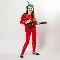 Strawberry Jam - DIY Halloween Costumes for Kids - Southernliving. Halloween Costume Videos, Pun Costumes, Diy Halloween Costumes For Kids, Easy Halloween Costumes, Halloween Boo, Halloween 2017, Halloween Ideas, Costume Party Themes, Costume Ideas