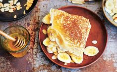 Yoghurt Sorghum crêpes - could substitute other single flours or use a mixture: teff and buckwheat, millet, maize and rice flour Greek Yoghurt Recipes, Greek Yogurt, Gluten Free Crepes, Gluten Free Desserts, Crepe Batter, Low Calorie Desserts, Pancakes And Waffles, Food And Drink, Yummy Food