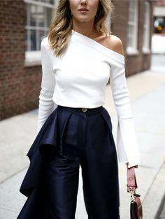 Slit Flare Sleeve Solid Slim Fit T-Shirt