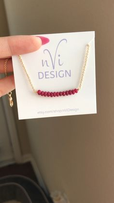 Edelstein Bar Halskette – Perle Bar Halskette – Edelstein Bar – Armband Handwerk – Rubin Schmuck – Be – ruby jewelry Diy Gifts For Friends, Gifts For Girls, Ruby Jewelry, Dainty Jewelry, Jewelry Necklaces, Jewellery, Handmade Rakhi, Red Necklace, Dainty Necklace