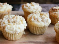These muffins deliver the flavor of sweet and lemony cheesecake in a quick and easy breakfast sweet.