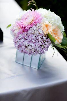 http://www.modwedding.com/2014/10/27/were-smitten-with-these-stunning-wedding-flower-ideas/ #wedding #weddings #wedding_centerpiece via ZEST floral and event design