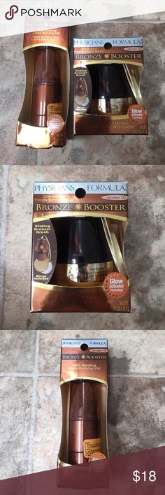 Physicians Formula Bronze Booster Duo Brand new. Includes. Glow Boosting Loose Bronzing Veil and Glow Boosting Pressed Shimmer Powder (light/med) Physicians Formula Makeup