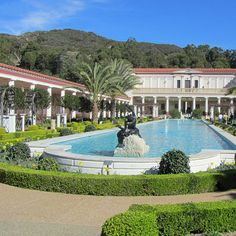The Getty Villa and the Getty Center are two free museums in LA // localadventurer.com