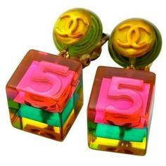 Authentic vintage Chanel earrings CC logo No.5 pink cube dangle COCO #ea1081