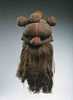 Máscaras e Carnaval - Musée Dapper, Paris Arte Tribal, Tribal Art, African Masks, African Art, Costume Quest, Art Sculpture, Ferrat, Masks Art, Aesthetic Pictures