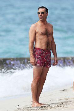Need I say more? 'Mad Men' Hits Hawaii For Season 6: Jon Hamm, Jessica Paré In Swimsuits (PHOTOS)