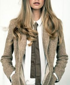 This tweed blazer with elbow patches - perfection