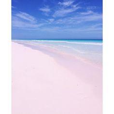 Bahamas #pinksand Harbour Island / Prosecco & Plaid travel