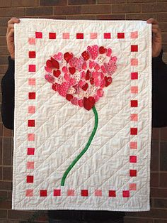 Sweetheart Wedding Signature Quilt Idea - 52 Quilts in 52 Weeks: January 2012 Quilting Projects, Quilting Designs, Sewing Projects, Applique Designs, Small Quilts, Mini Quilts, Signature Quilts, Red And White Quilts, Quilted Wall Hangings