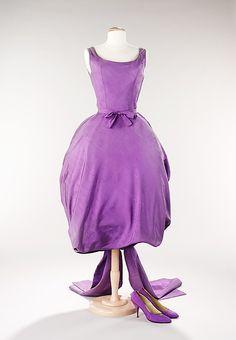Evening Ensemble Hubert de Givenchy, 1956 The Metropolitan Museum of Art