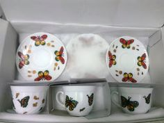 Handmade by Do : Ceramic painted coffee set / Seturi ceramica si po. Coffee Set, Hand Painted Ceramics, Ceramic Painting, Ceramic Mugs, Sugar Bowl, Bowl Set, Minnie Mouse, Tableware, Blog