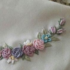 This Pin was discovered by Naz Embroidery 3d, Brazilian Embroidery, Flower Tattoos, Crochet Flowers, Crafts To Make, Needlepoint, Needlework, Embroidered Cushions, Cross Stitch