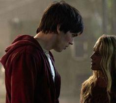 """""""Warm Bodies"""" - Kino-Tipp - In der Horror-Komödie trifft Zombie R auf Julie. Er verliebt sich Hals über Kopf in sie."""