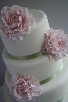 Pink peony cake by Cotton and Crumbs, via Flickr   @Marissa Hereso Hereso Jayne Martin