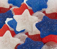 (Who the hell knew you could make gum drops at home?) Hungry Happenings: Red, White, and Blue Gumdrops made in your home kitchen. Captain America Birthday Cake, Blue Cookies, Gum Drops, Blue Food, Patriotic Decorations, Patriotic Party, Star Spangled, Blue Aesthetic, Star Shape
