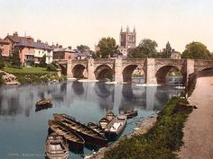 latest addition Hereford, Cathedral and Wye bridge, England Oh The Places You'll Go, Places Ive Been, Places To Visit, Hereford England, Beautiful World, Beautiful Places, Hereford Cathedral, Scotland Castles, Herefordshire