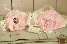 Awesome tutorial for making these no sew flower headbands.