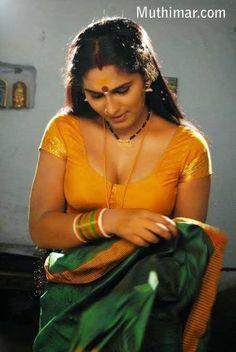 Beautiful Girl Dance, Beautiful Blonde Girl, Beautiful Girl Indian, Most Beautiful Indian Actress, Beautiful Women Videos, Beautiful Celebrities, Cute Beauty, Beauty Full Girl, Arabian Beauty Women