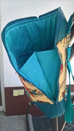 blue calla convertible backpack Calla-Cabrio-Rucksack Alexander Henry Stoff Frida Kahlo