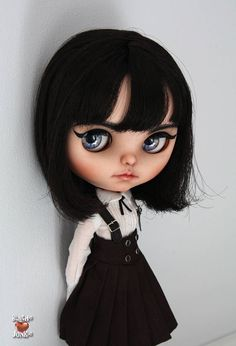 Noomi Blythe custom art ooak doll by Blythe Junkie