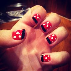 Minnie Mouse nails - Red nails with white dots and black tips Minnie Mouse Nails, Mickey Mouse Nails, Minnie Mouse Costume, Red Nails, White Nails, Hair And Nails, Garra, Finger Art, Different Nail Designs