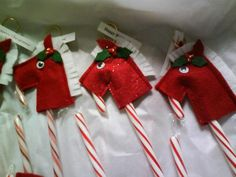 Candy Cane Horses - googlie eyes or buttons, use little red bells in holly?