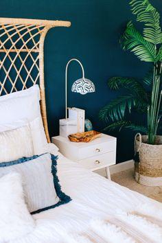 Bohemian bedroom with a popping blue-green wall via Rue gravityhomeblog.com…