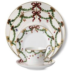 royal copenhagen star fluted christmas collection - Christmas China Sets