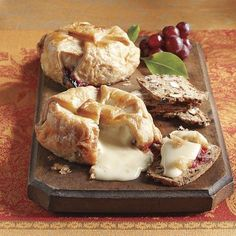 Brie en Croute - one of the best things on the planet. Raw Food Recipes, Gourmet Recipes, Brie En Croute, Almond Bread, Good Food, Yummy Food, True Food, Baked Brie, Food Inspiration