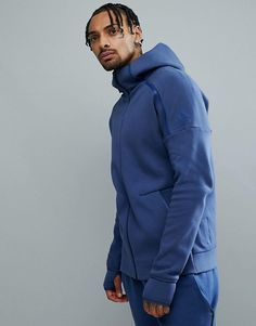 Adidas reigning champ mantel