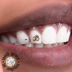 Dental Jewelry, Tooth Jewelry, Diamond Teeth, Tooth Diamond, Halo Tattoo, Tooth Gem, Gold Teeth, Makeup Needs, Gem Diamonds