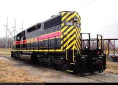 IAIS 156   Description:    Photo Date:  12/1/2007  Location:  Kansas City, MO   Author:  Jeff Carlson  Categories:    Locomotives:  IAIS 156(SD38-2)