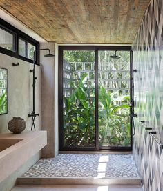Find A Room, Construction Process, Reinforced Concrete, Wood Ceilings, Bathroom Inspiration, Landscape Photography, Minimalism, Custom Design