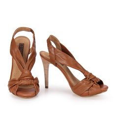 [ caramel sandals ]