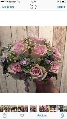 Lilla brudebukett Floral Wreath, Wreaths, Home Decor, Decoration Home, Door Wreaths, Room Decor, Deco Mesh Wreaths, Interior Design, Home Interiors