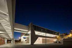 Resultado de imagem para praça coberta arquitetura projeto