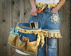 Denim Apron and Basket for Mom [or for Yourself] - This Denim Apron and Basket from Fiskars would make a wonderful Mother's Day gift. Great for women who love gardening, crafting, and organizing, this 2 part gift is eco-friendly and easy to make. Fill with new gardening tools for a gift that will keep on giving for years!