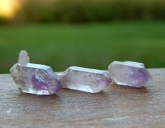 Some nice Brandberg Amethyst parcels perfect for jewelry up on www.ChicagoGemShop.com right now! I have some parcels with more points as well! Stop on by and give everything a peek just added tons of new things! #wirework #gemstonejewelry #handcraftedjewelry #cabochons #rockhound #jewelryforsale #wirewrapped #chakrahealing #naturalstones #wirewrapping #metalsmith #jewelrymaking #silverjewelry #goldsmith #jewelrylovers #silversmith #goldjewelry #jewelryporn #wirewraps #wirejewelry…