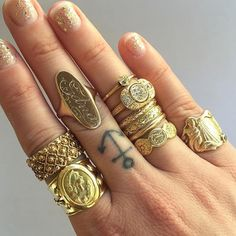 Antique Rings | HonestlyWTF