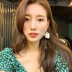 Simple Makeup Inspirations for Wedding Events - VIs-Wed Bae Suzy, Korean Beauty, Asian Beauty, Suzy Instagram, Miss A Suzy, Size Zero, Idole, Instyle Magazine, Cosmopolitan Magazine
