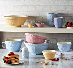 Love to bake with your mum? Grab her one of these gorgeous bowls to bake with for Mother's Day!