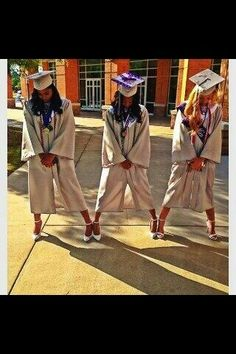 lol I could see these fools @Daijaaa15 and @JadaDeshae doing this!