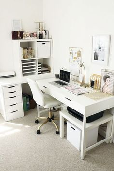 Home Office Design Ideas Design Guide: Creating the Perfect Home Office Small Home Office Decorating Ideas! Your Guide to Creating the Home Office of Your Dreams Home Office Design Ideas. Home Office Space, Home Office Design, Home Office Decor, Diy Home Decor, House Design, Apartment Office, Apartment Living, Living Rooms, Desk Space